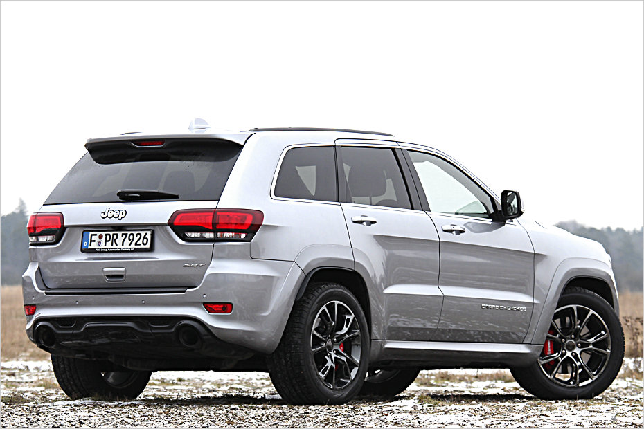 fahrbericht jeep grand cherokee srt heise autos. Black Bedroom Furniture Sets. Home Design Ideas