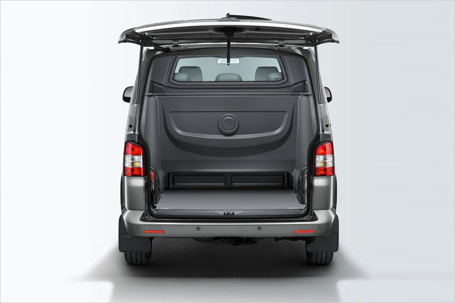 der neue vw transporter kombi doka plus heise autos. Black Bedroom Furniture Sets. Home Design Ideas