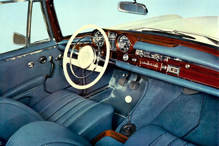 Ausfahrt Mit Zwei Klassikern Mercedes W111 Und W112 Coupe