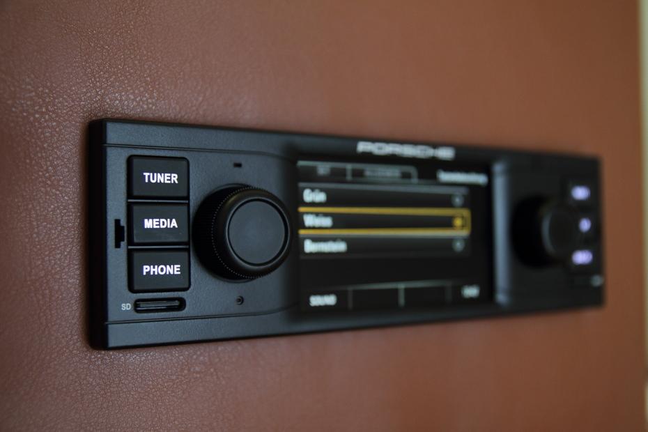 Ausprobiert Porsche Classic Radio Navigationssystem