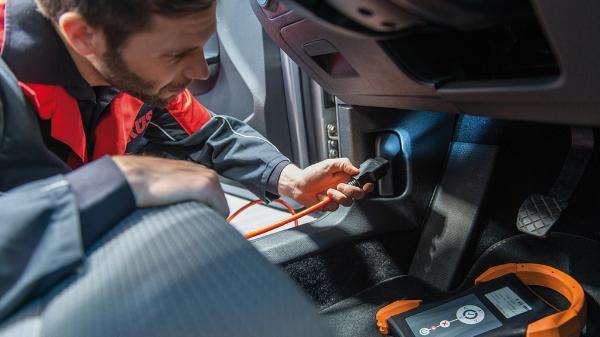 Pkw-Hauptuntersuchung mit neuem Elektronik-Check