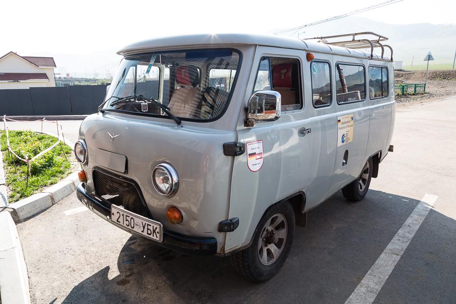teil 1 der mongoleidurchquerung im russenbus uaz heise autos. Black Bedroom Furniture Sets. Home Design Ideas