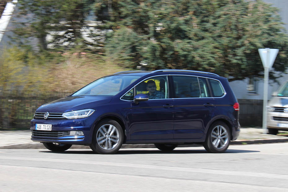 vw touran 1 6 tdi im test spielfrei heise autos. Black Bedroom Furniture Sets. Home Design Ideas