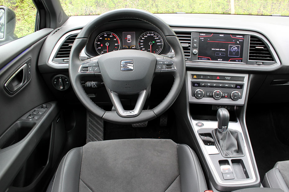 test seat leon 1 4 tsi act xcellence heise autos. Black Bedroom Furniture Sets. Home Design Ideas