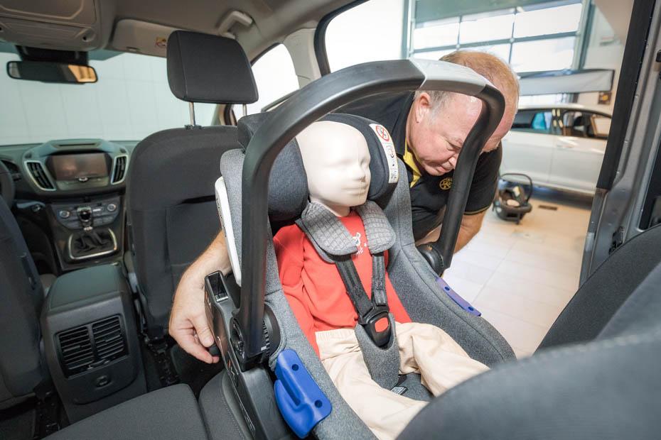 18 kindersitze im test: schadstoffe gefunden | heise autos