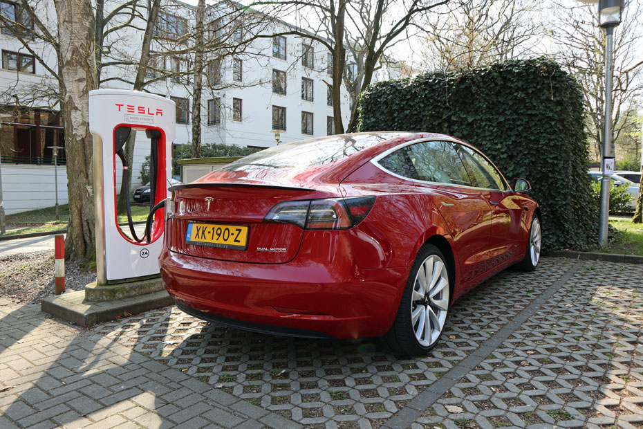 """Ifo-Institut: """"E-Autos erhöhen CO2-Ausstoß"""""""