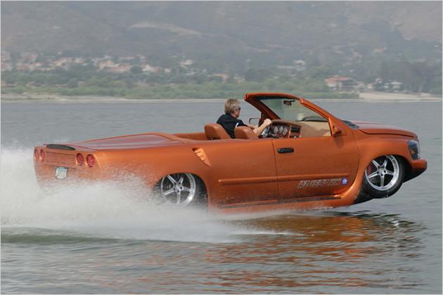 watercar python amphibien auto mit corvette motor heise autos. Black Bedroom Furniture Sets. Home Design Ideas