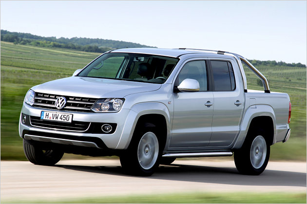 vw amarok im neuen pick up ber stock und stein heise autos. Black Bedroom Furniture Sets. Home Design Ideas