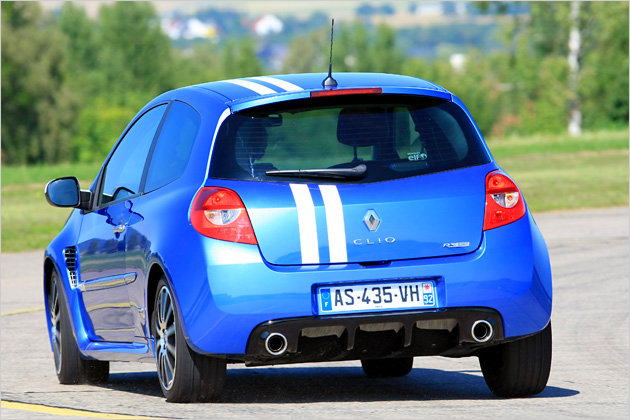 renault clio gordini r s unterwegs im 201 ps kleinwagen heise autos. Black Bedroom Furniture Sets. Home Design Ideas
