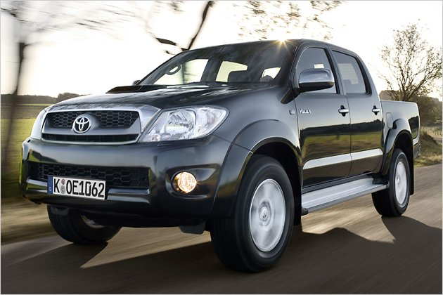 4x4 f r den toyota hilux single cab heise autos. Black Bedroom Furniture Sets. Home Design Ideas