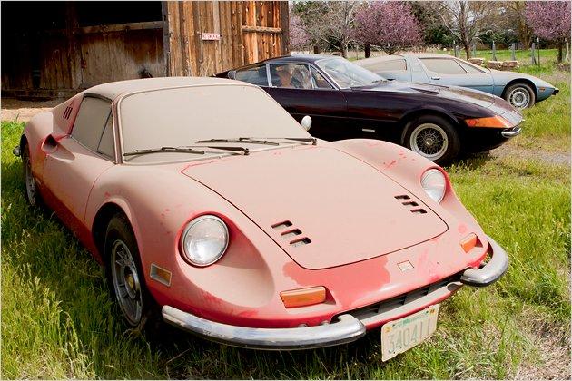 Scheunenfund: Drei Sportwagen waren über 30 Jahre versteckt | heise ...