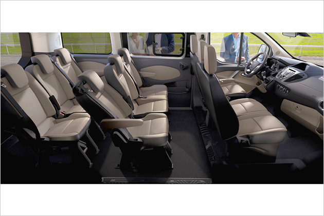 ford tourneo custom erste offizielle bilder heise autos. Black Bedroom Furniture Sets. Home Design Ideas
