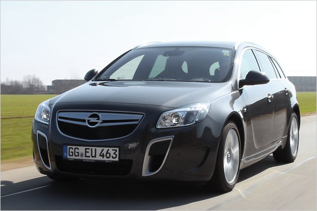 opel insignia opc automatik unlimited im fahrbericht heise autos. Black Bedroom Furniture Sets. Home Design Ideas