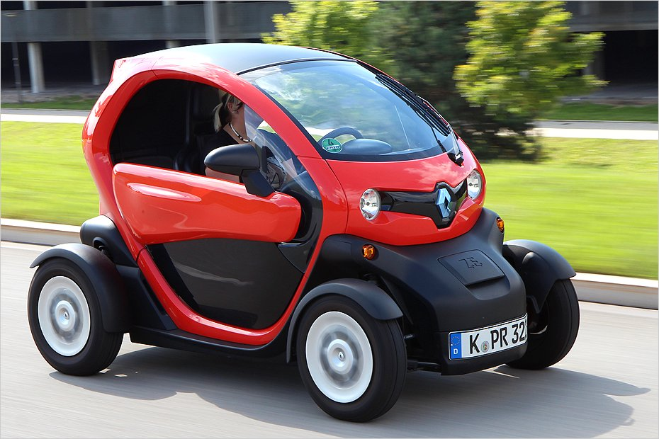 der renault twizy in der praxis heise autos. Black Bedroom Furniture Sets. Home Design Ideas