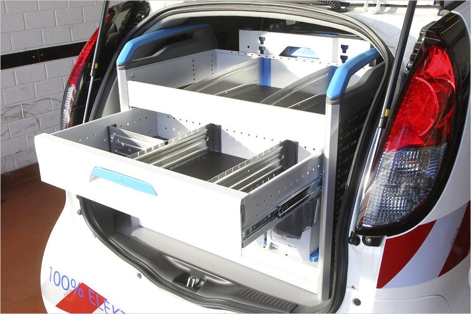 schubladen f r auto dekoration image idee. Black Bedroom Furniture Sets. Home Design Ideas