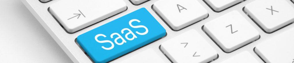 Weiße Tastatur mit SaaS (Sotware-as-a-Service) Taste.