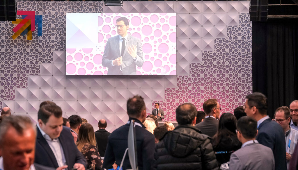 Bochums Oberbürgermeister Thomas Eiskirch eröffnete den Tag ganz im Zeichen des digitalen Fortschritts.