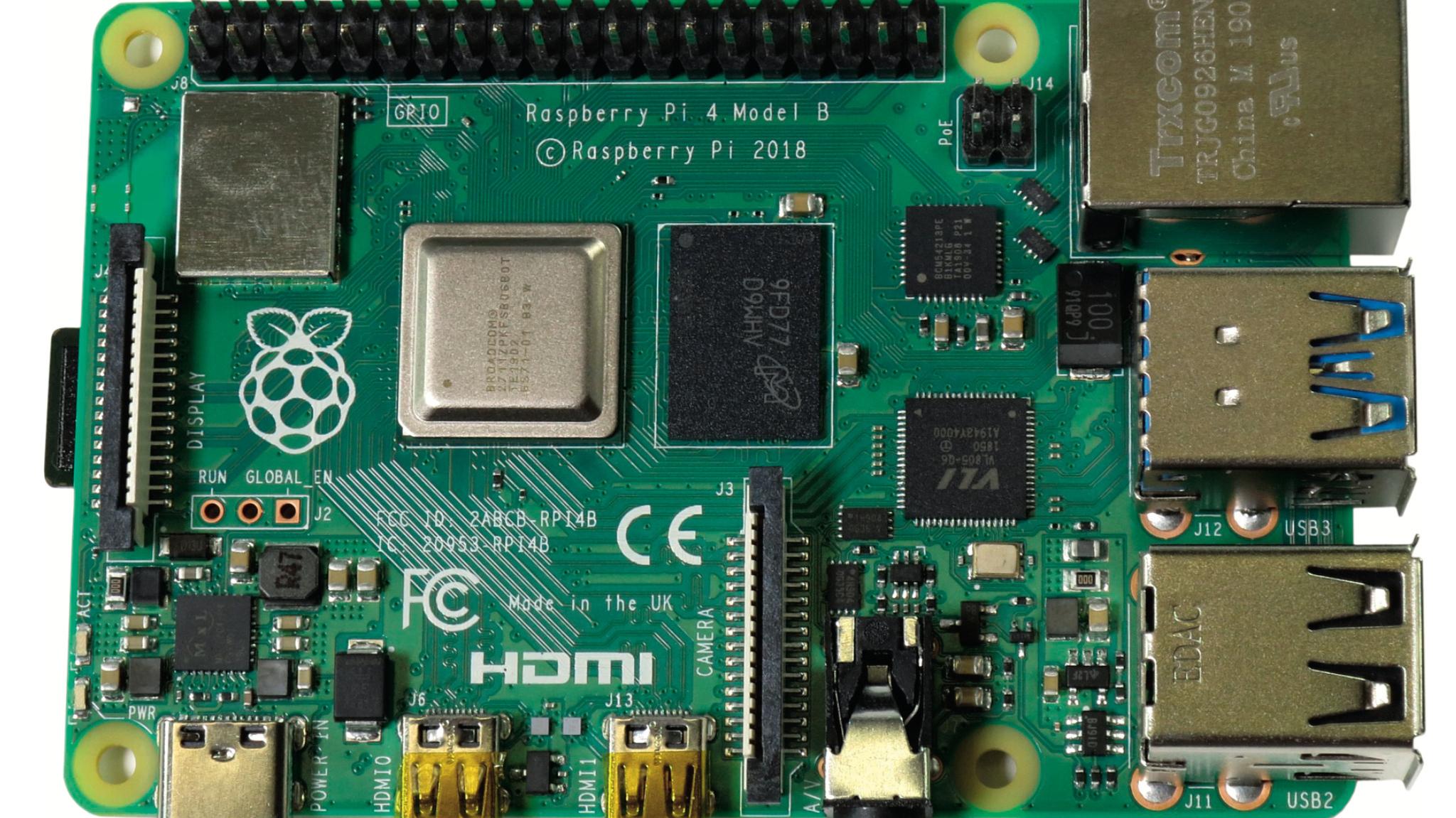 Raspberry Pi 4: Erste Software, Docker-Anpassungen, USB-C-Probleme