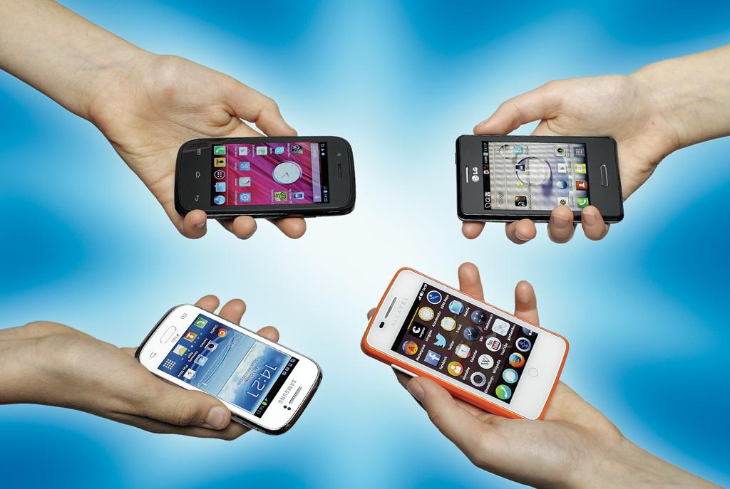 smartphones bis 100 euro mit android firefox os windows. Black Bedroom Furniture Sets. Home Design Ideas