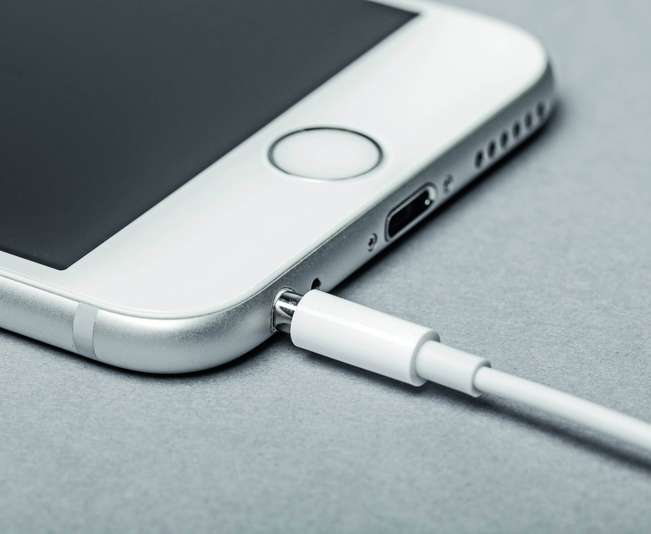 Iphone 4s kopfhörer geht nicht ganz rein