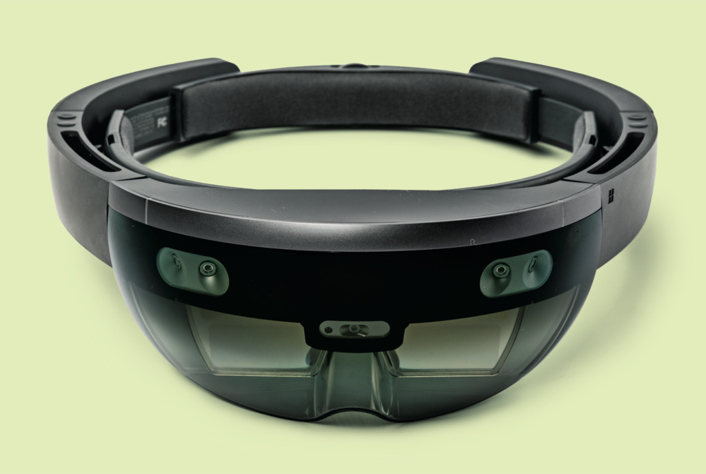 erster test die mixed reality brille microsoft hololens. Black Bedroom Furniture Sets. Home Design Ideas