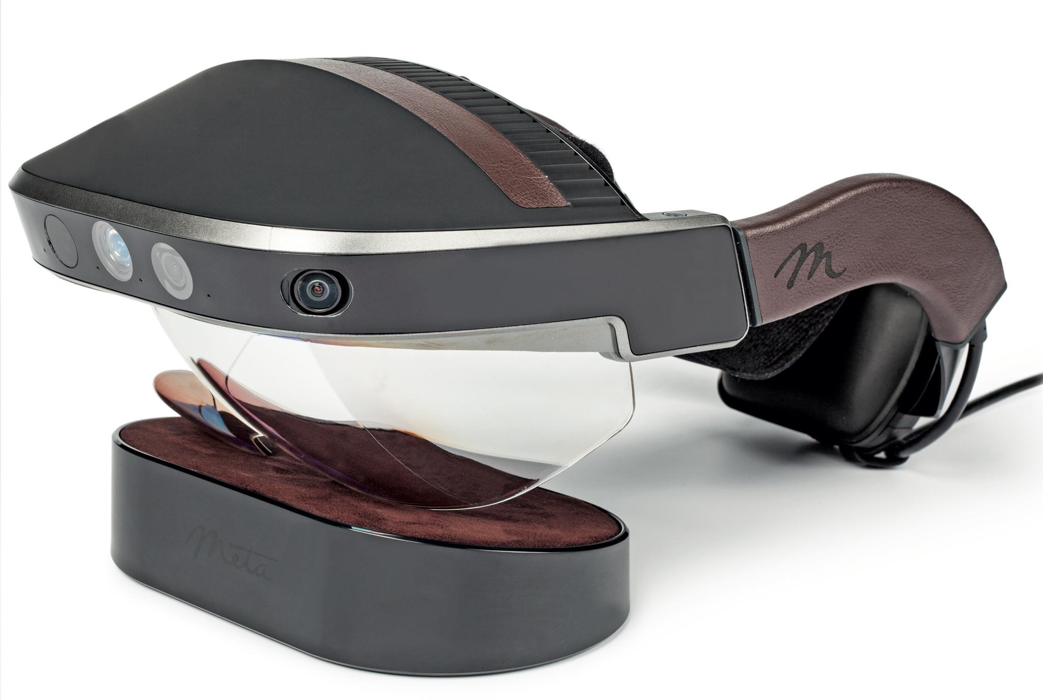 augmented reality brille meta 2 im test c 39 t magazin. Black Bedroom Furniture Sets. Home Design Ideas