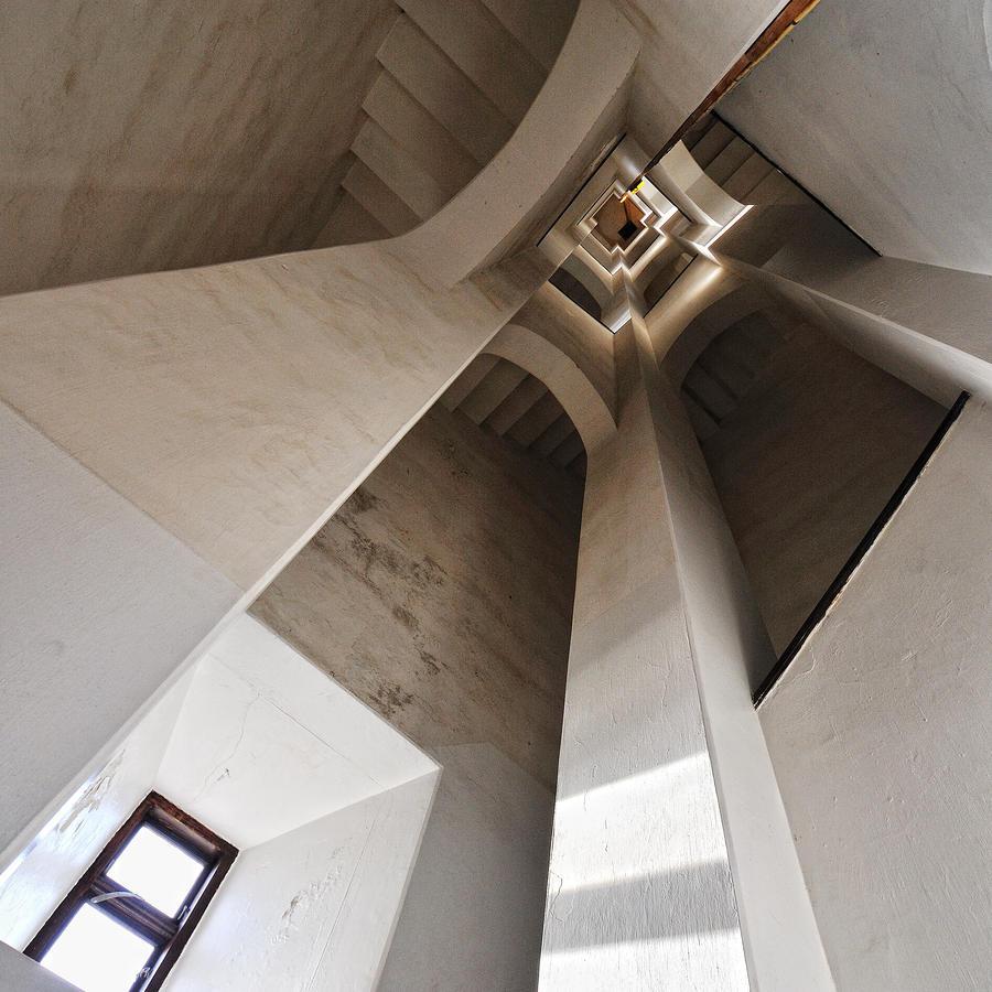 Treppe im quadrat von aqua morta galerie heise foto for Quadrat innenarchitektur