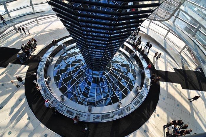 Reichstagskuppel von diiidiii - Galerie - heise Foto  Reichstagskuppe...