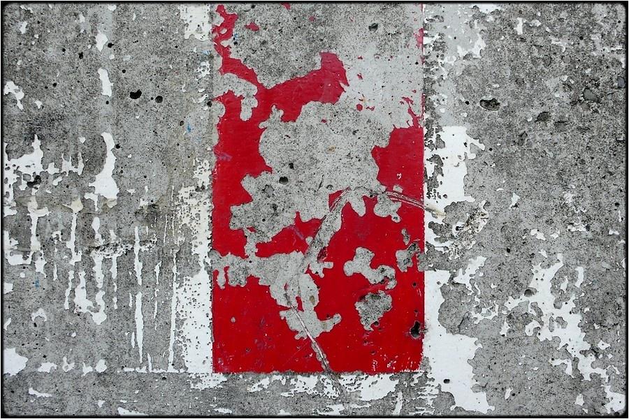 Rot Weiss Auf Grau Von Fabio Keiner Galerie Heise Foto