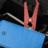 iPhone-Akkupack mit eingebauter Fahrzeugstarthilfe