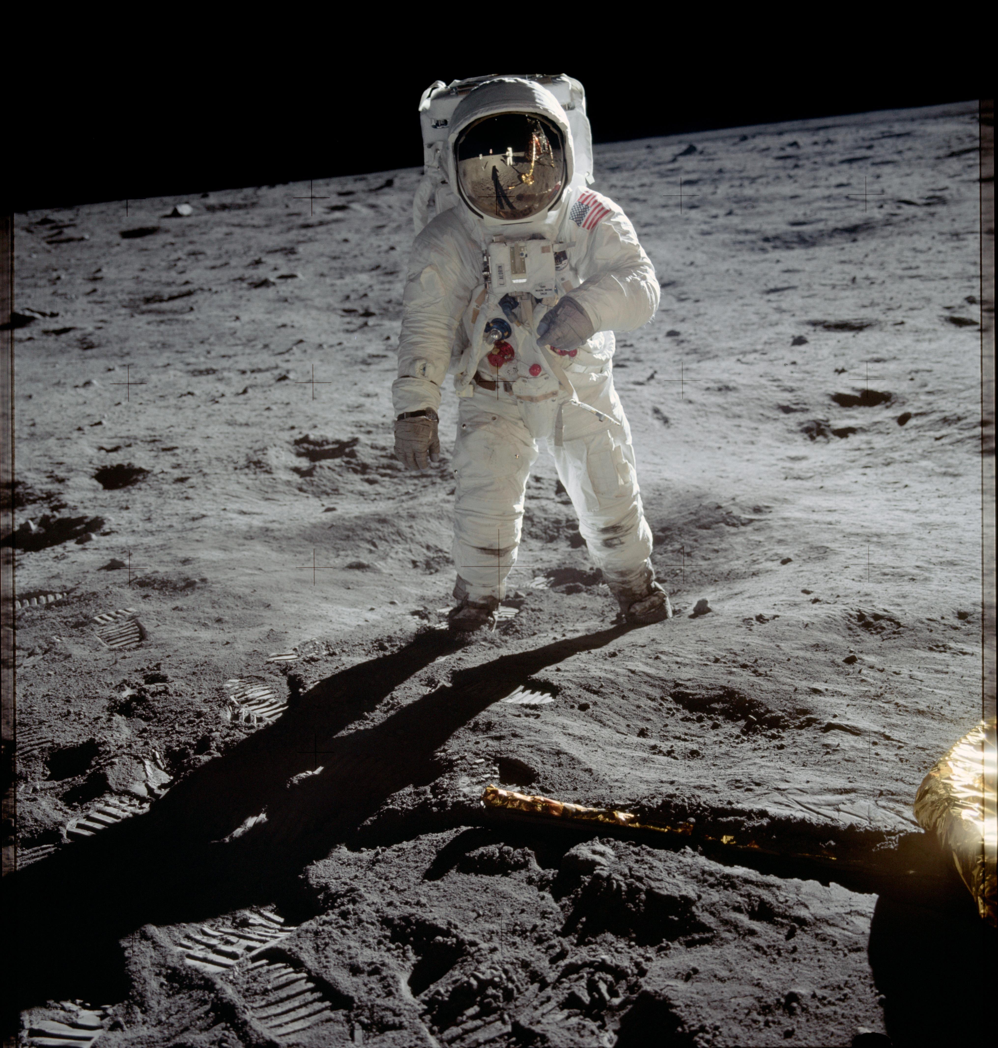 """""""The Eagle has landed"""": Vor 45 Jahren landeten erstmals ..."""