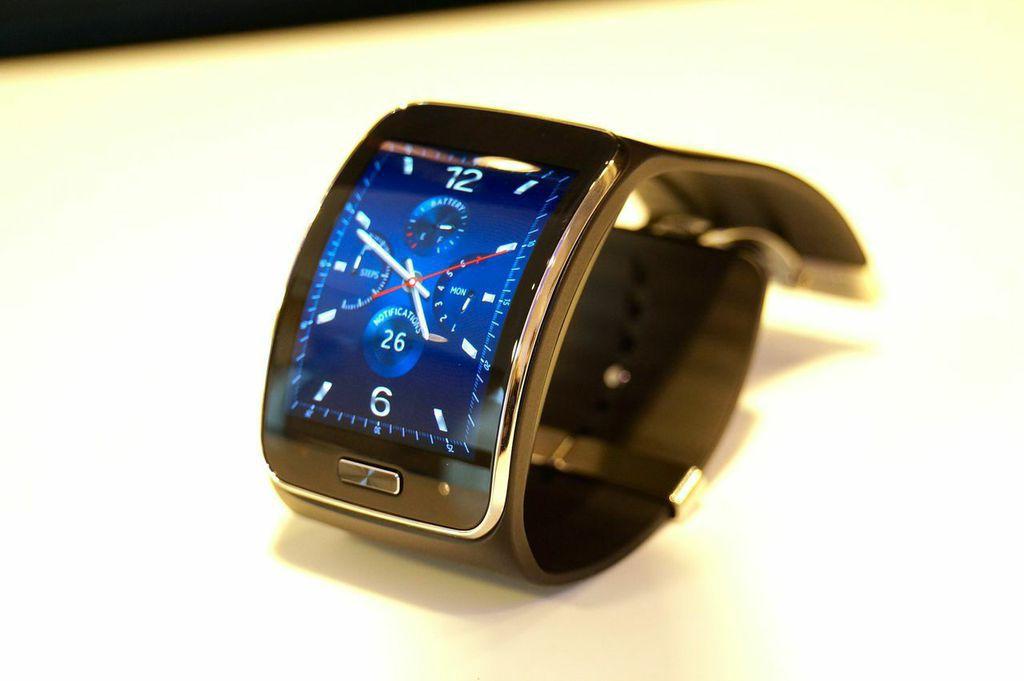 Samsung Gear S: Telefonieren mit der Smartwatch