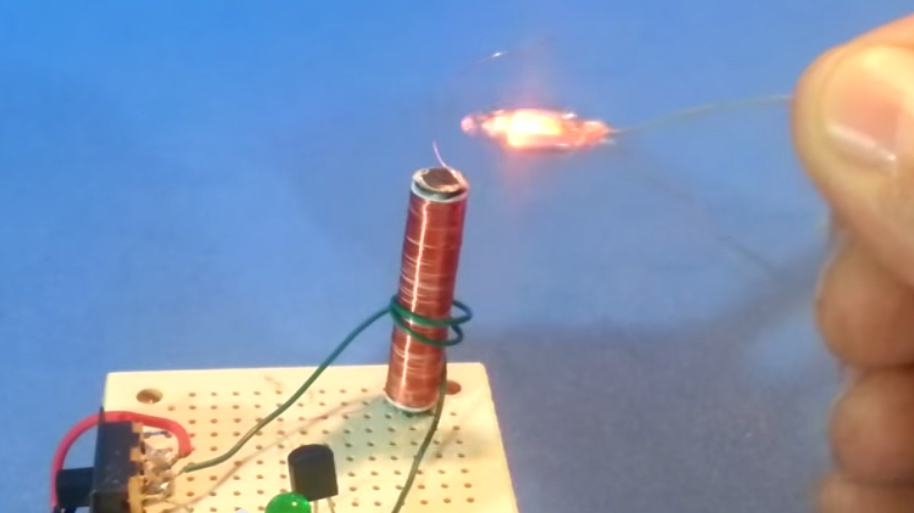 Mini Teslaspule Mit 9 Volt Batterie Make