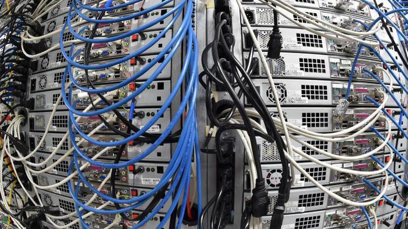 Vorratsdatenspeicherung: Abruf auch bei Internetstraftaten?