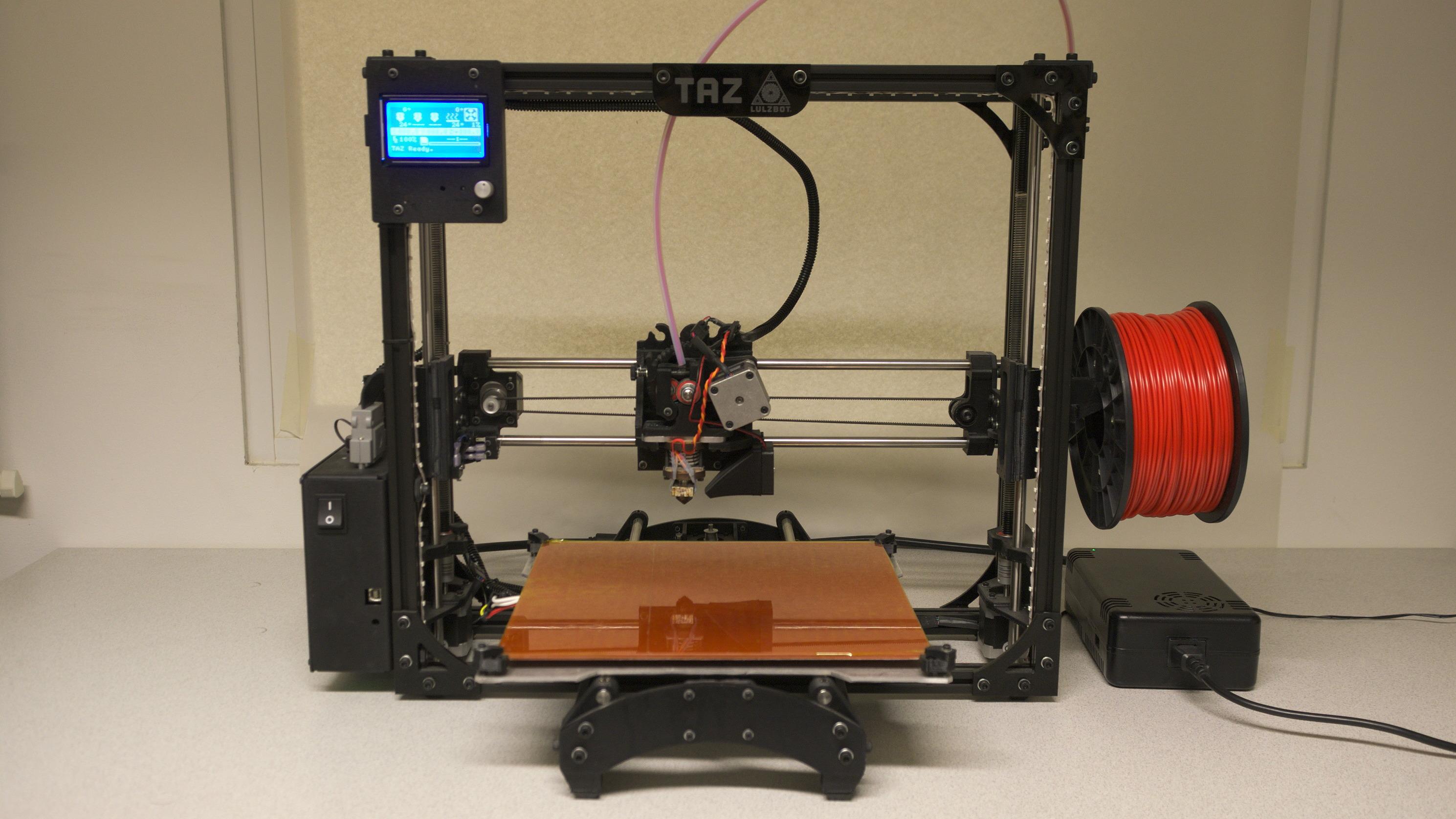 ausprobiert 3d drucker taz 4 von lulzbot make. Black Bedroom Furniture Sets. Home Design Ideas