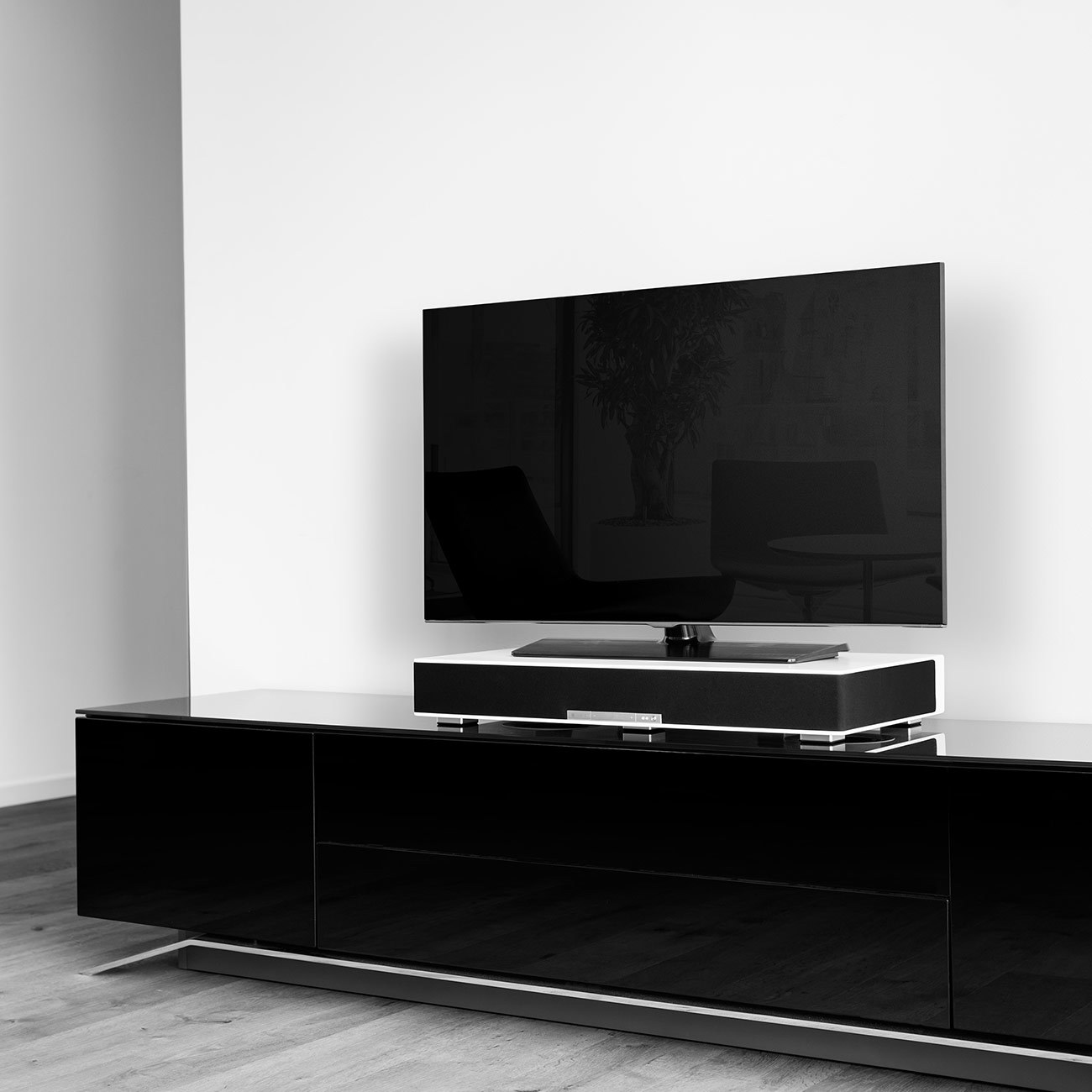 ifa 2015 raumfeld bringt netzwerklautsprecher f rs tv. Black Bedroom Furniture Sets. Home Design Ideas