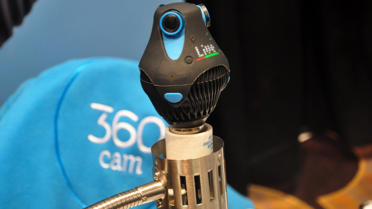 ces 2016 giroptic 360cam die rundum kamera in der. Black Bedroom Furniture Sets. Home Design Ideas