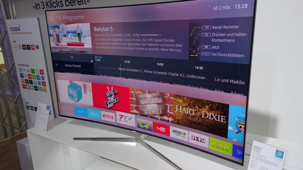 smart tv samsung schafft gew hnliche fernbedienung ab. Black Bedroom Furniture Sets. Home Design Ideas
