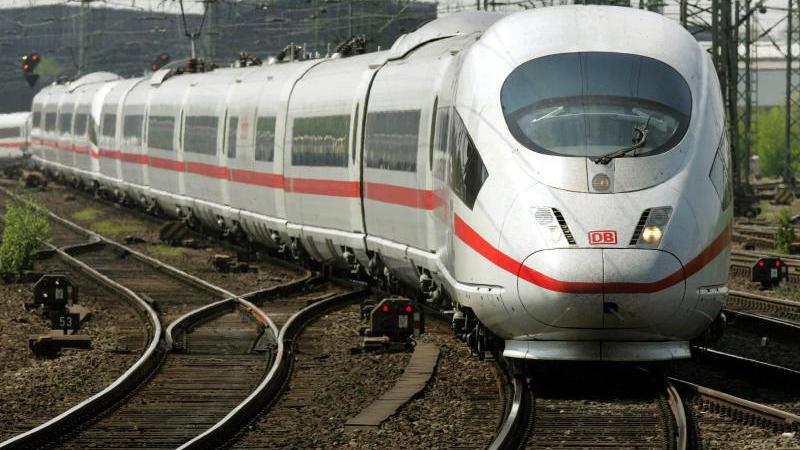Bahn Züge