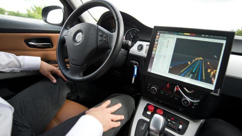 Bundesrat stimmt Gesetz für selbstfahrende Autos zu
