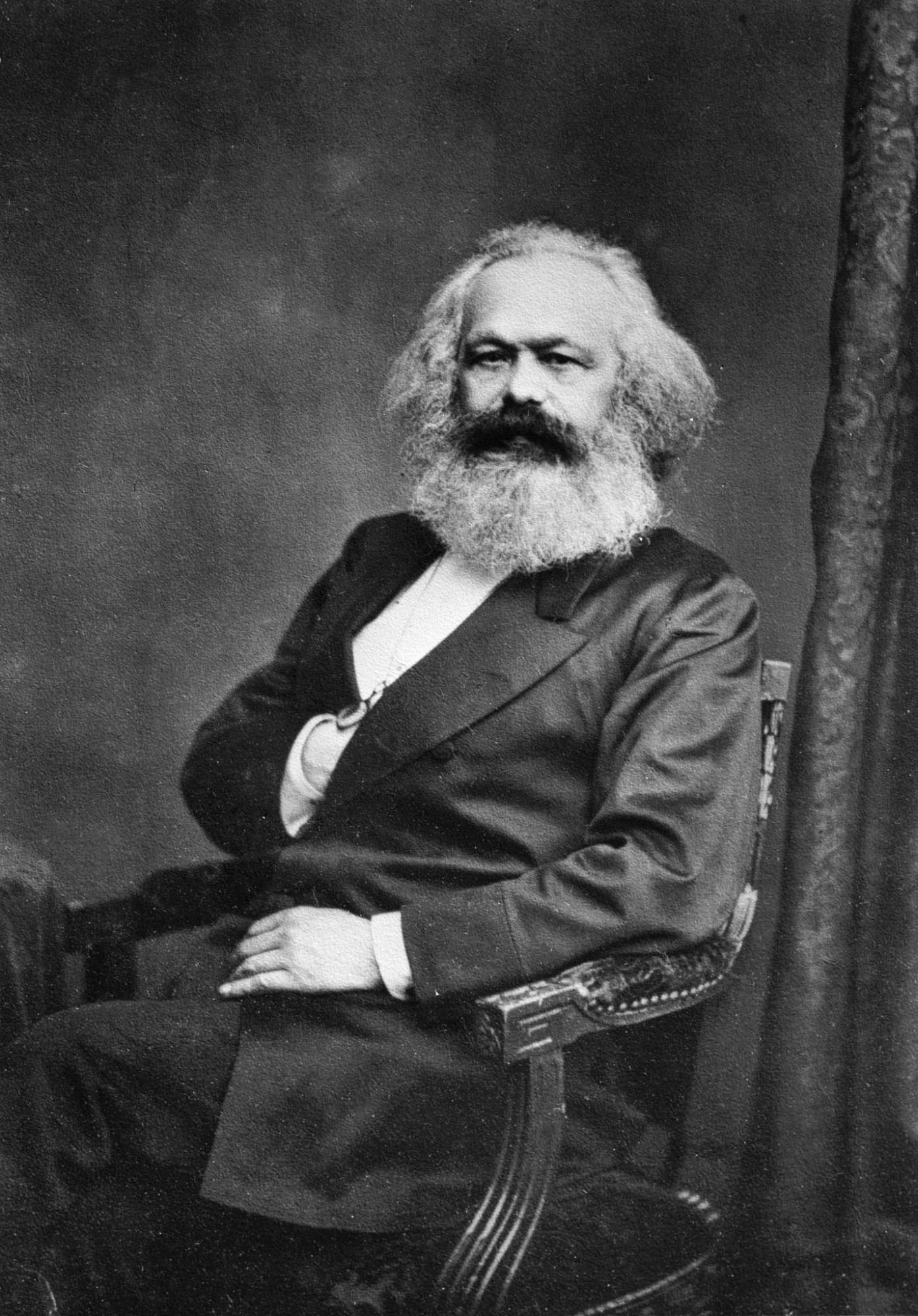 missing link das kapital von karl marx erschien vor 150. Black Bedroom Furniture Sets. Home Design Ideas