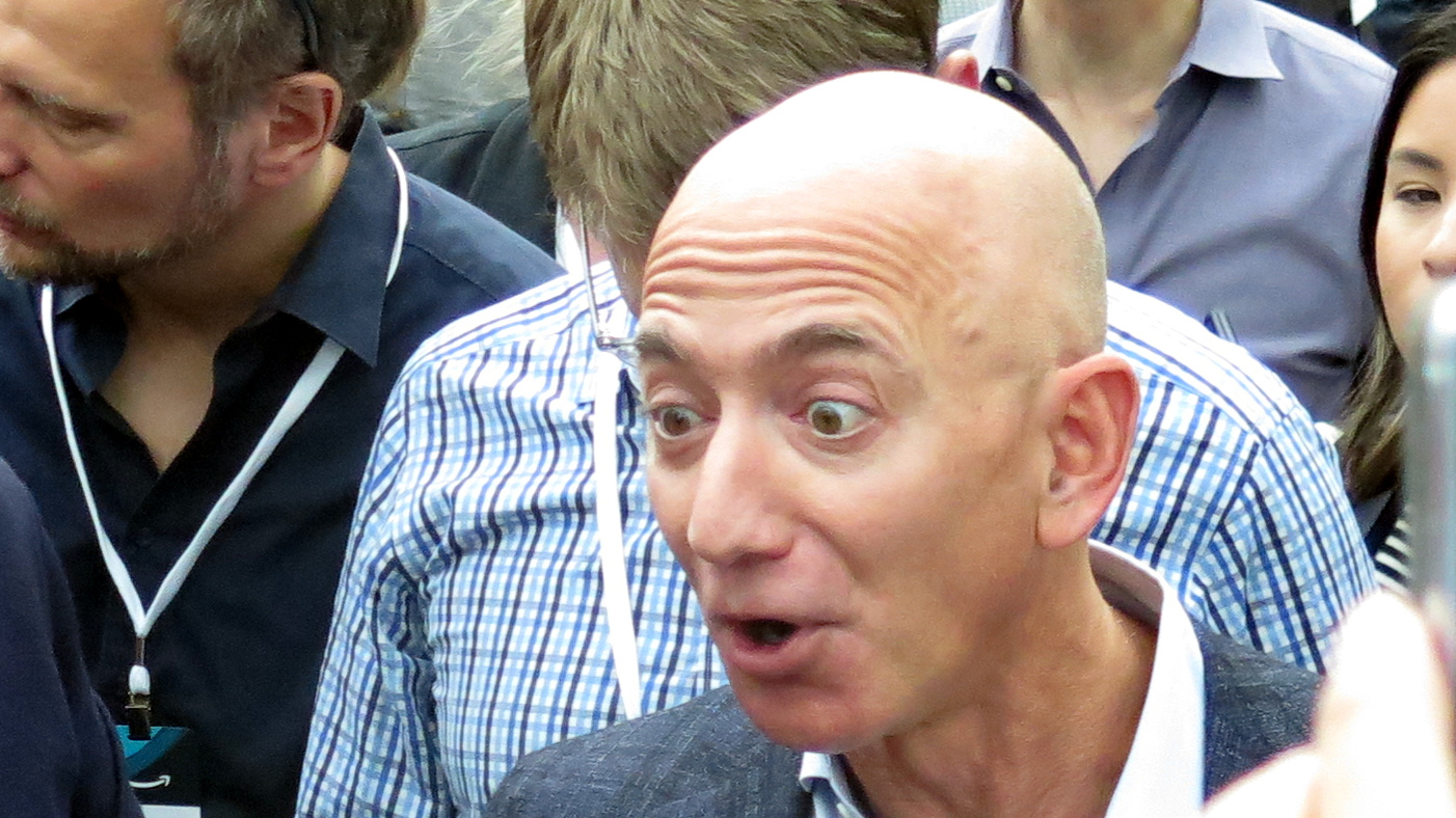 Jeff Bezos tritt als CEO Amazons zurück | heise online