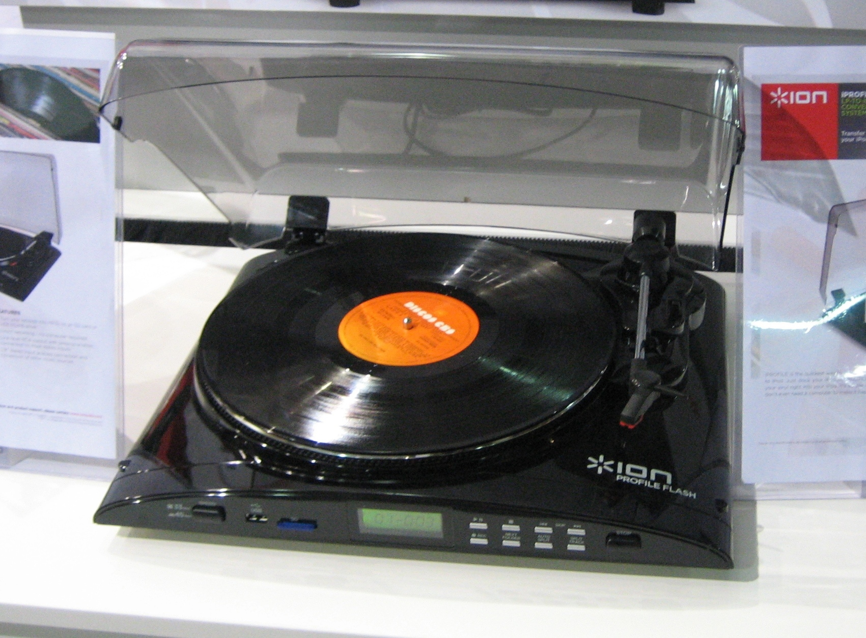 ion audio digitalisiert schallplatten musik und vhs. Black Bedroom Furniture Sets. Home Design Ideas