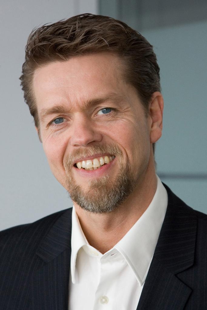 <b>Andreas Müller</b> rückt an die Spitze der HP-Netzwerksparte in Deutschland ... - Andreas_Mueller_HP.jpg-e7be390ad19ae25e