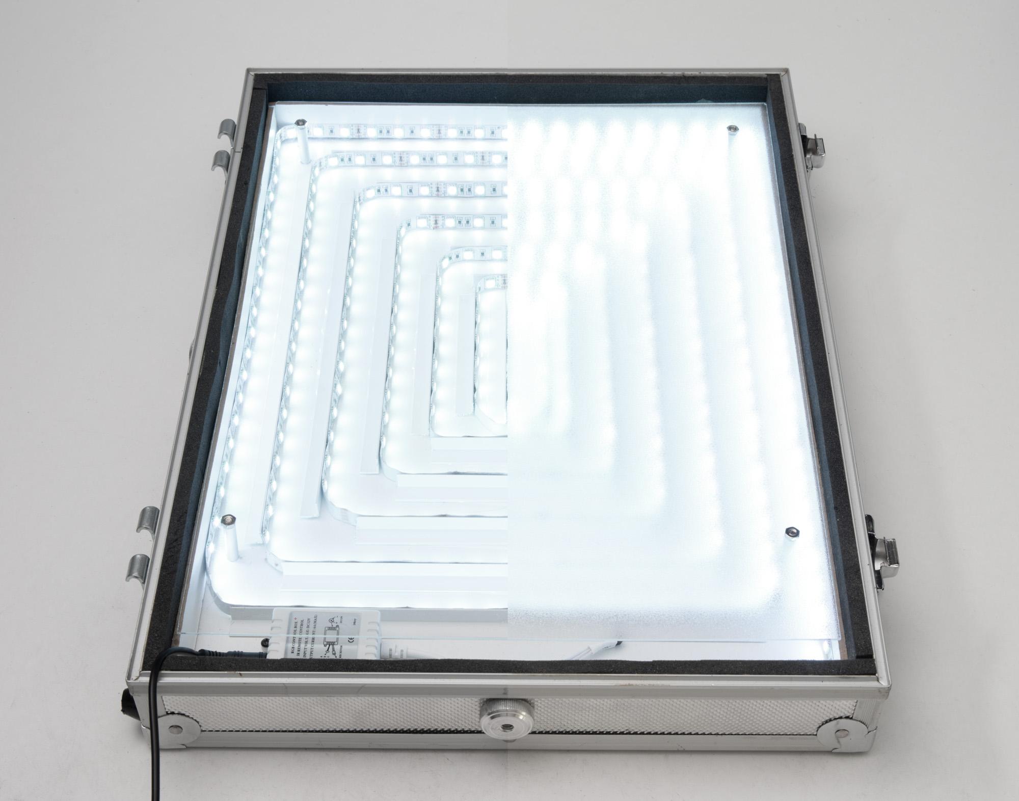 diy kamerakoffer mit integriertem led panel c 39 t fotografie. Black Bedroom Furniture Sets. Home Design Ideas
