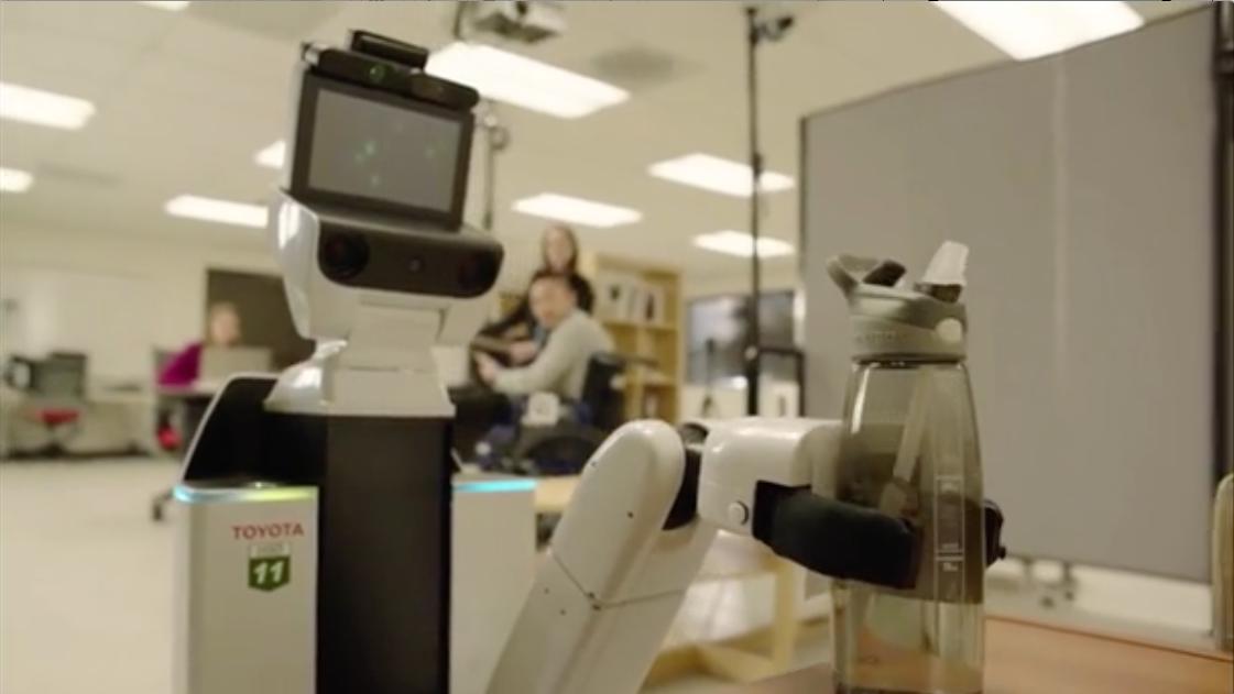 service roboter in elegant technology review. Black Bedroom Furniture Sets. Home Design Ideas