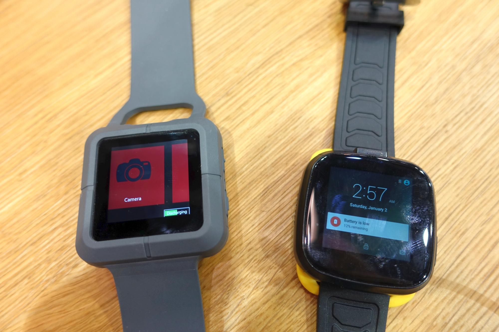 trekstor zeigt wasserdichte business smartwatch mit windows und kamerafunktion heise online. Black Bedroom Furniture Sets. Home Design Ideas