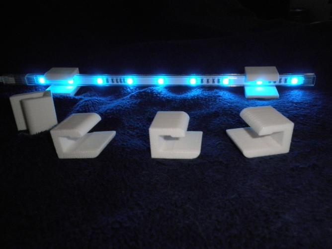 wohnzimmerschrank beleuchtung make. Black Bedroom Furniture Sets. Home Design Ideas