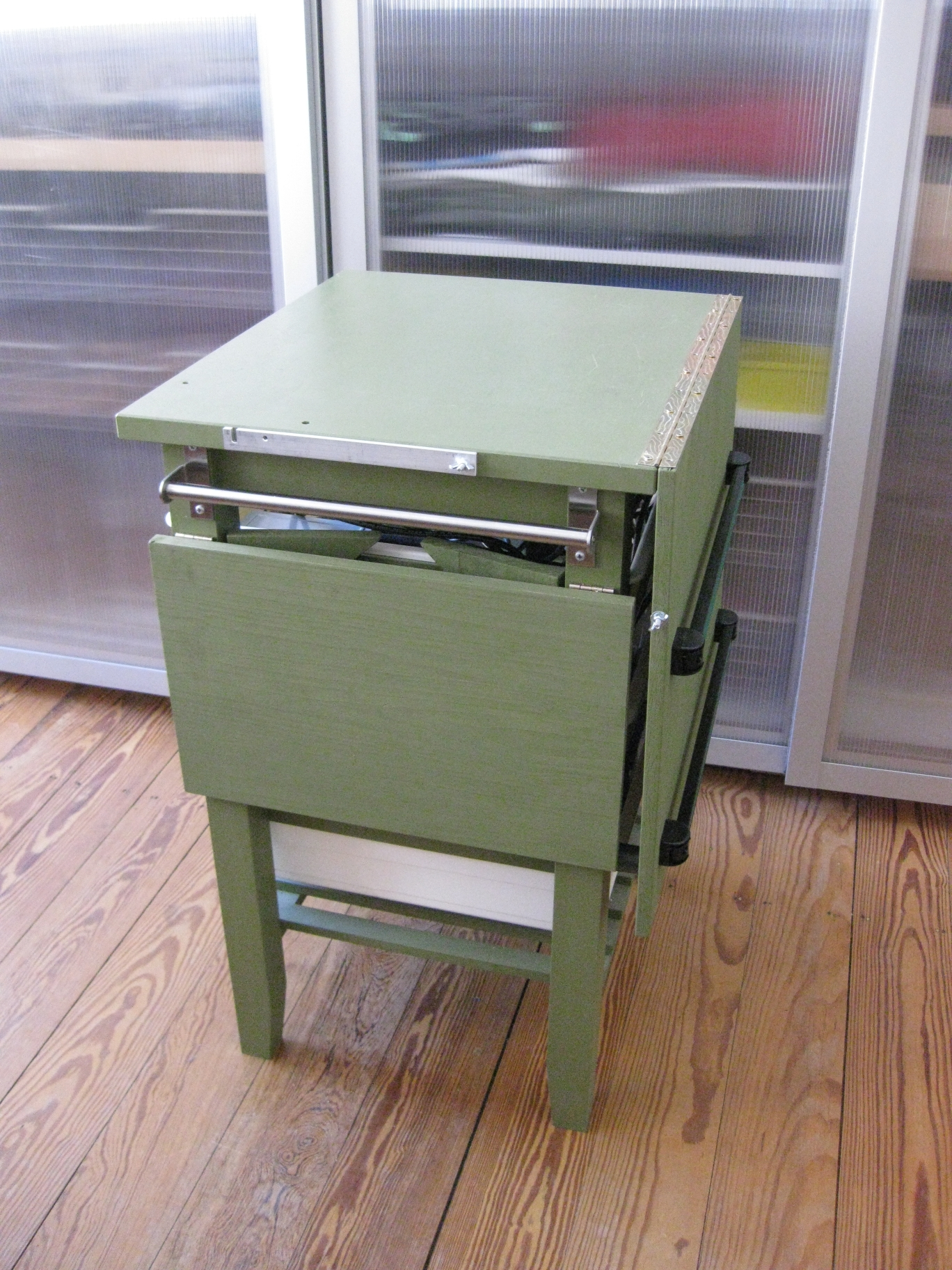 ikea workbench evolution make. Black Bedroom Furniture Sets. Home Design Ideas