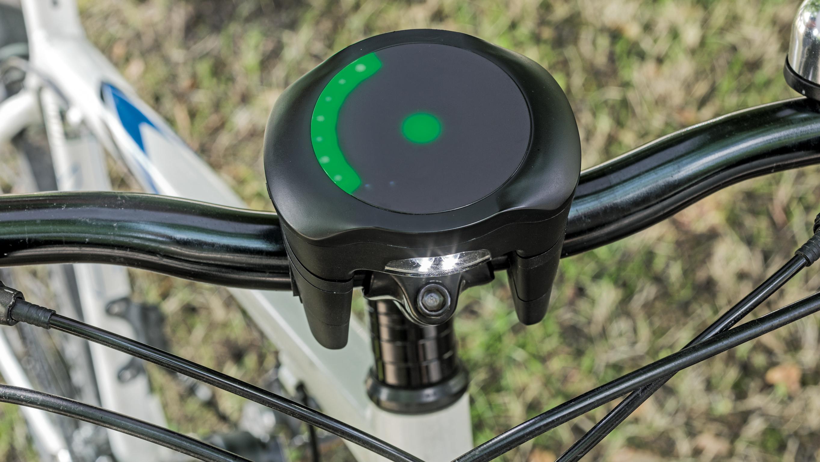 Licht Alarm Auto : Richtungsweisender ring mac & i heise select